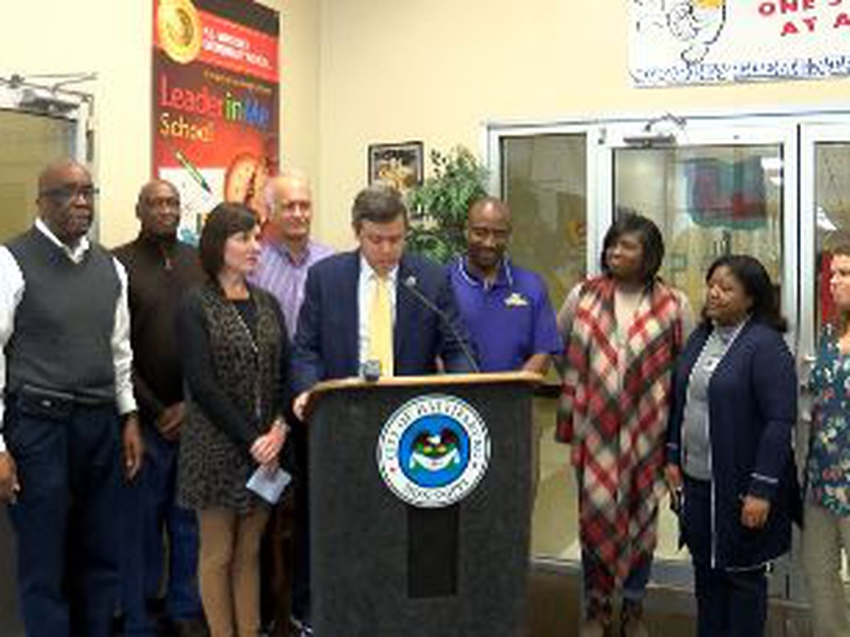 Hattiesburg elementary school receives $100K grant