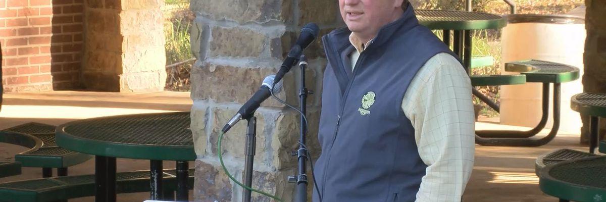 Gov. Reeves visits Lucedale to assess Hurricane Zeta damage