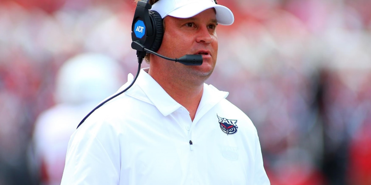 Lane Kiffin lead candidate to coach Ole Miss