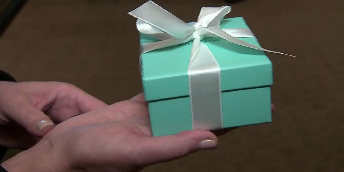 Tiffany is bluer than normal as profits slump
