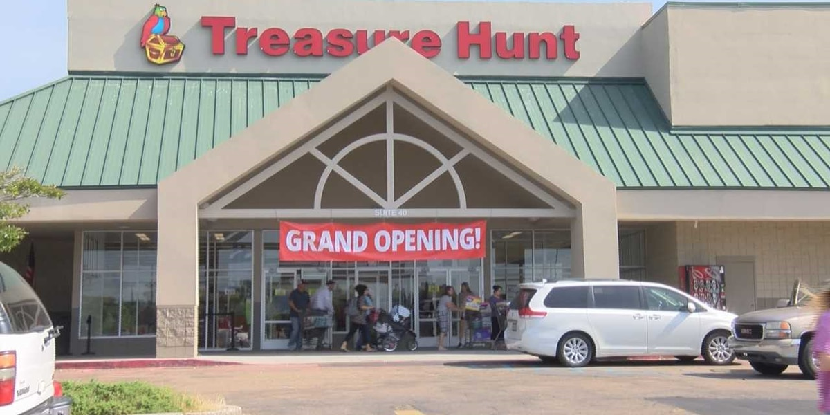 Treasure Hunt holds grand opening in new location