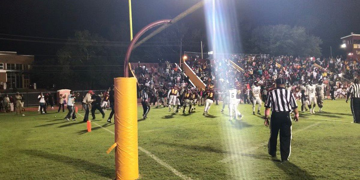 Laurel defeats West Jones in OT thriller, 23-17