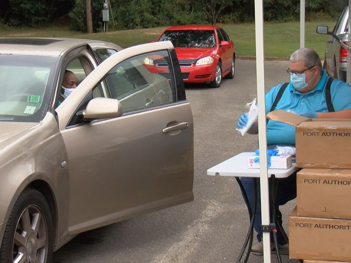 Wayne County EMA holds drive-thru mask giveaway