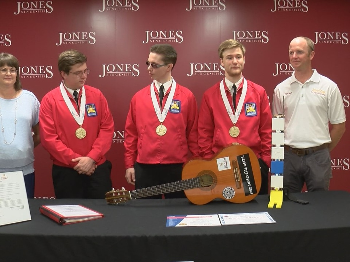 Jones College students win gold medals at National SkillsUSA