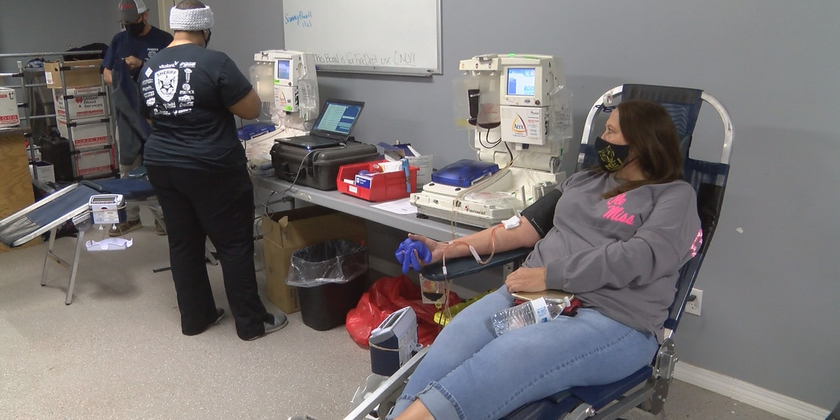 Powers Fire & Rescue hosts blood drive