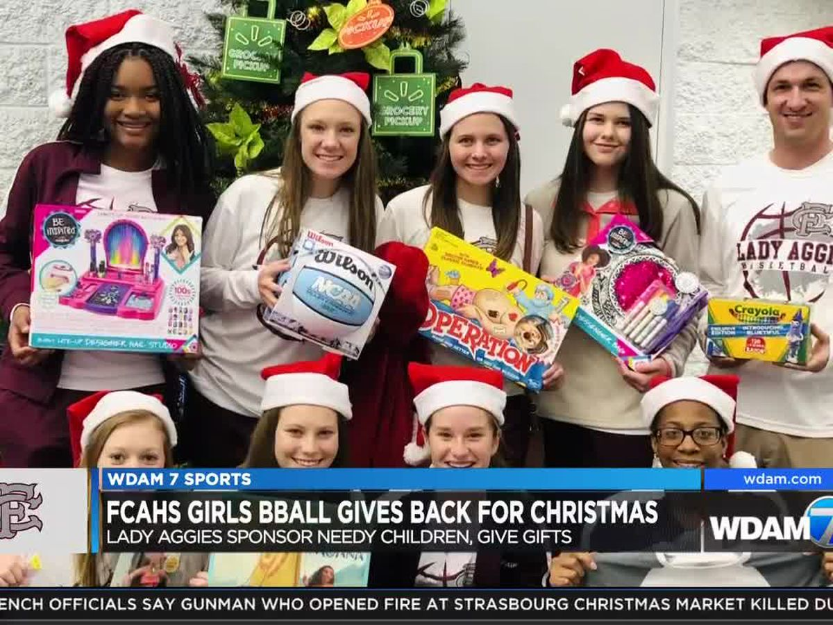 FCAHS Lady Aggies spread Christmas cheer