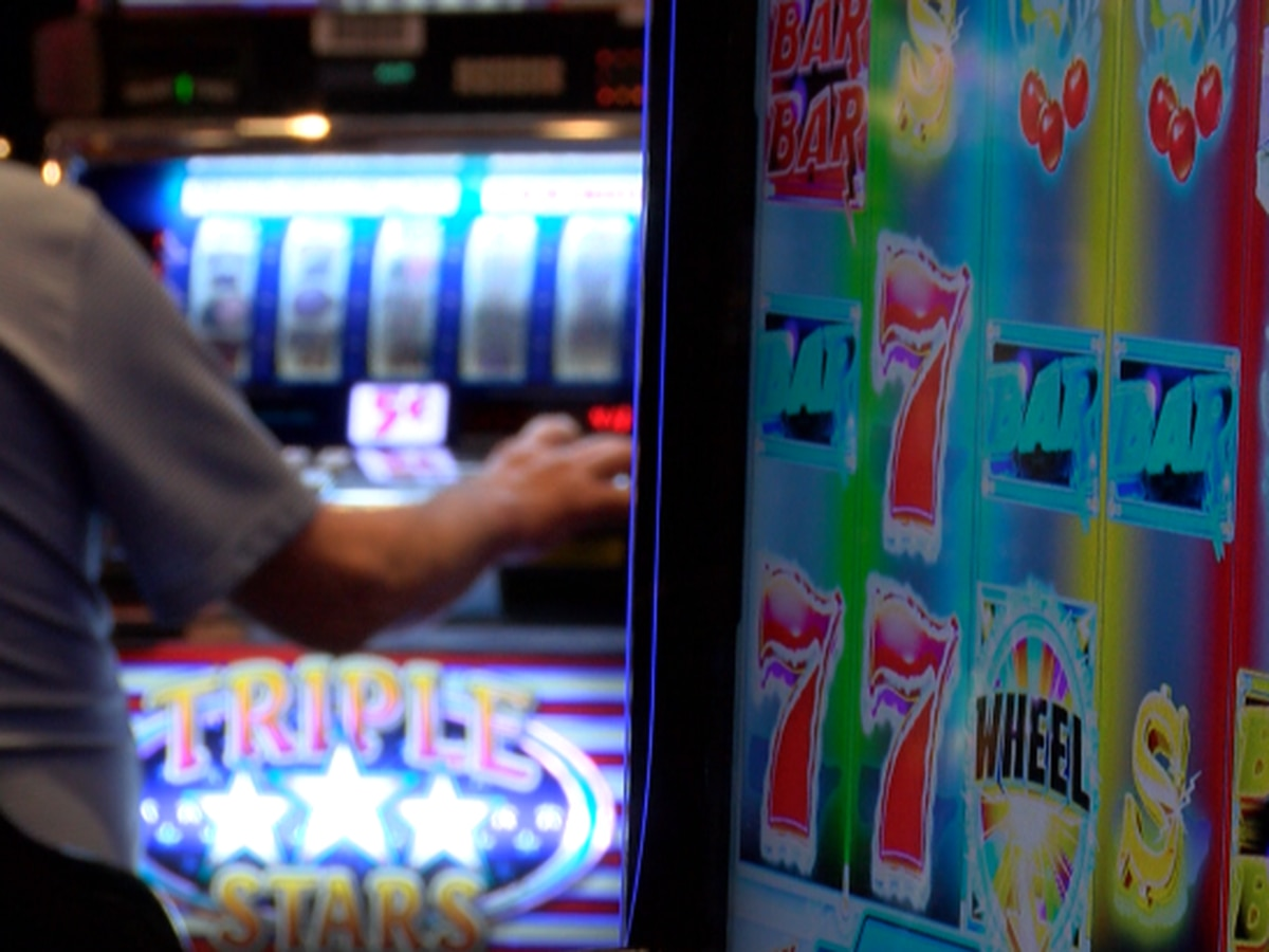 Hundreds come out for Bok Homa Casino reopening