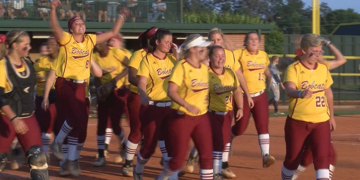 JCJC, WCU softball stay undefeated in conference