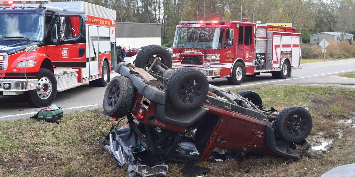 Glade VFD members rush to collision during food drive