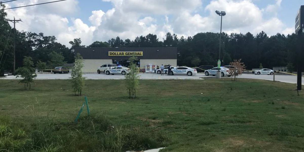 Woman charged after police chase ends in Hattiesburg
