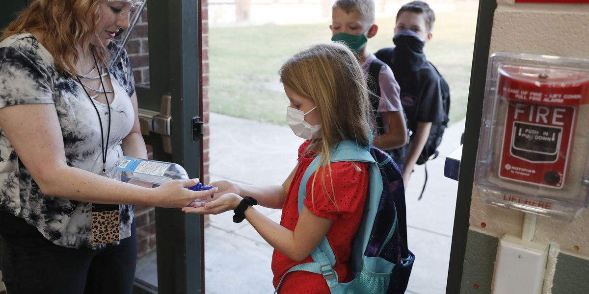 Reeves maintains state should not require school districts to publicly disclose COVID-19 outbreaks