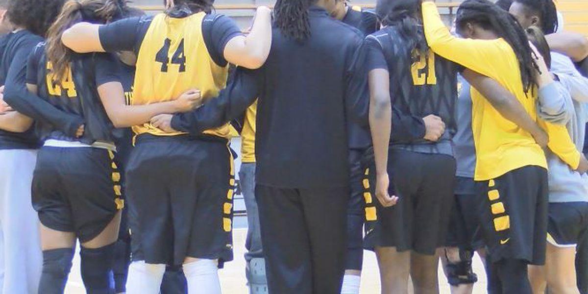 Lady Eagle Basketball returns home to face FAU and FIU