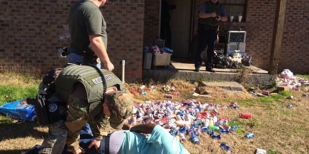 Marion County search warrants land 11 behind bars