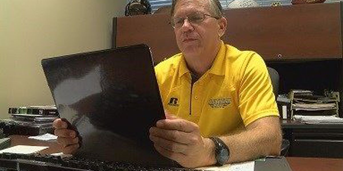 'Voice of the Golden Eagles' calling play-by-play for nearly 40 years