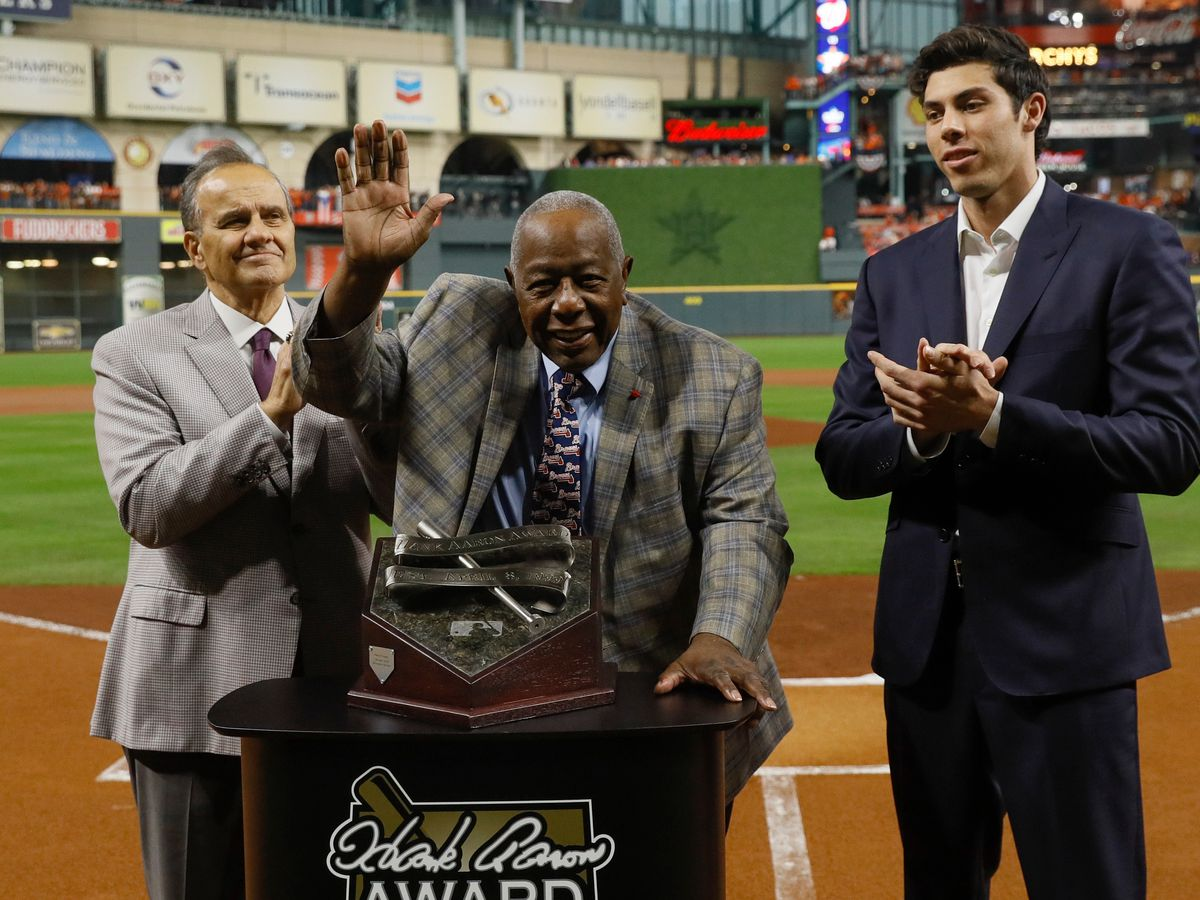 Baseball legend Hank Aaron dies at age 86