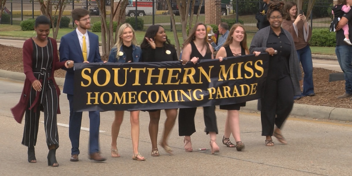 USM Homecoming Parade features The Pride, floats, homecoming court