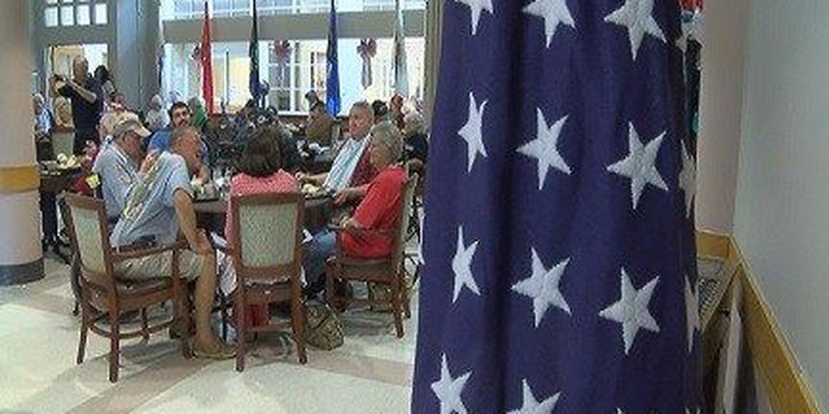 Residents at Collins State Veterans Home get special holiday meal