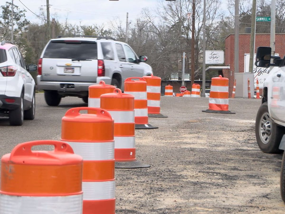 Laurel to temporarily close intersection