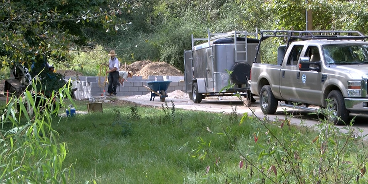 Volunteers from Pennsylvania visit the Pine Belt to help rebuild