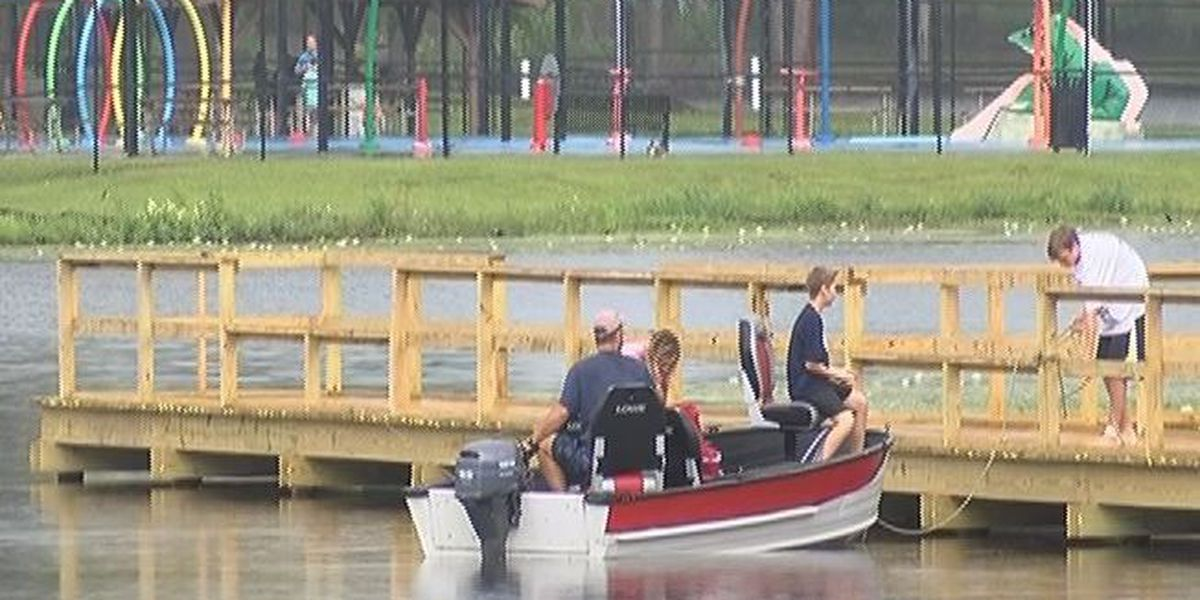 Residents celebrate Memorial Day despite stormy weather