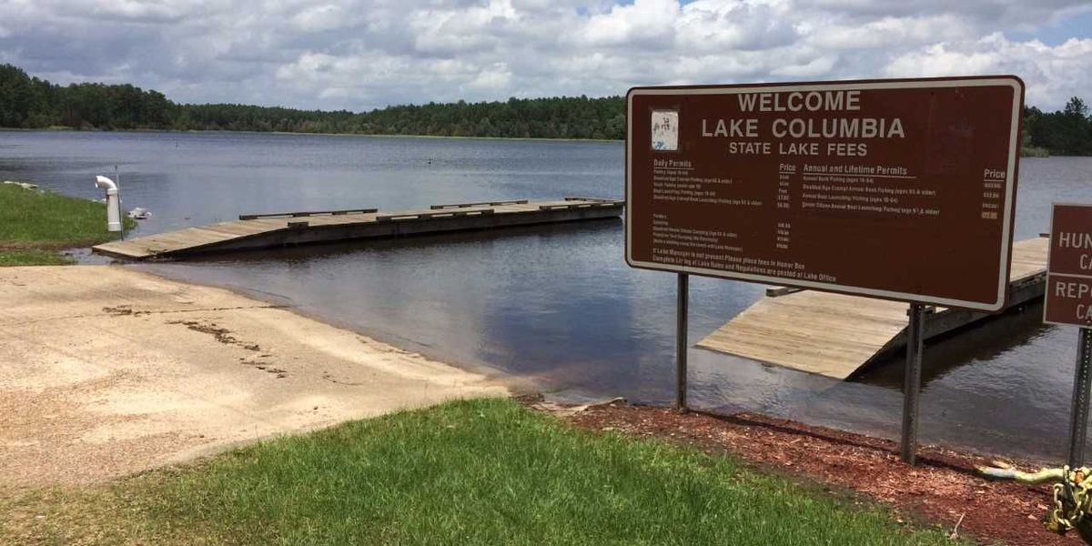 Firefighters drain 450,000 gallons of water from Lake Columbia