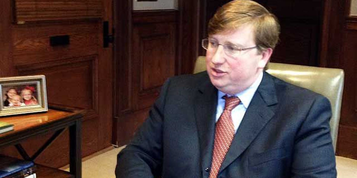 Tate Reeves thrown into national controversy over racist yearbook photos