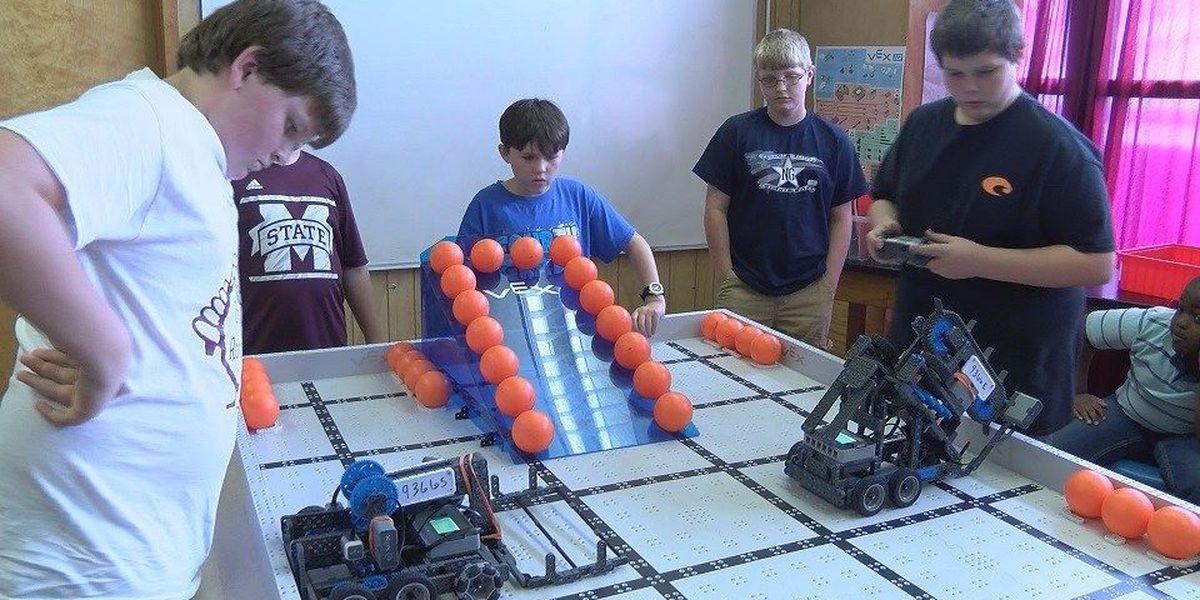 Richton Elementary robotics club makes it to world competition