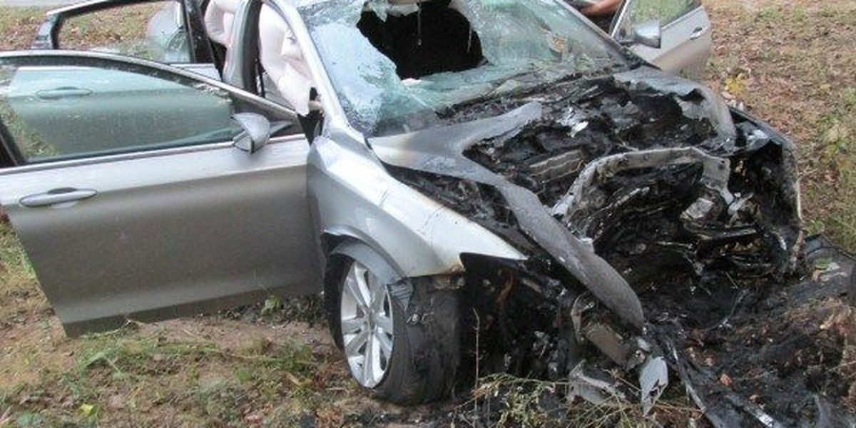 5 injured in fiery car crash in Jones County