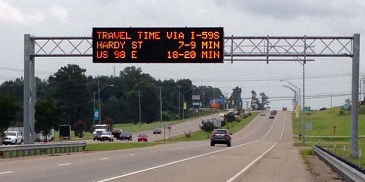 MDOT displays time messages on dynamic message signs