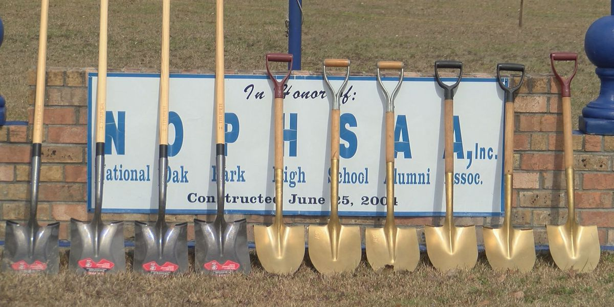 Oak Park High School holds ground breaking ceremony for new project