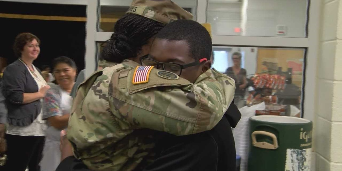 GOOD NEWS: Army mom surprises kids at school