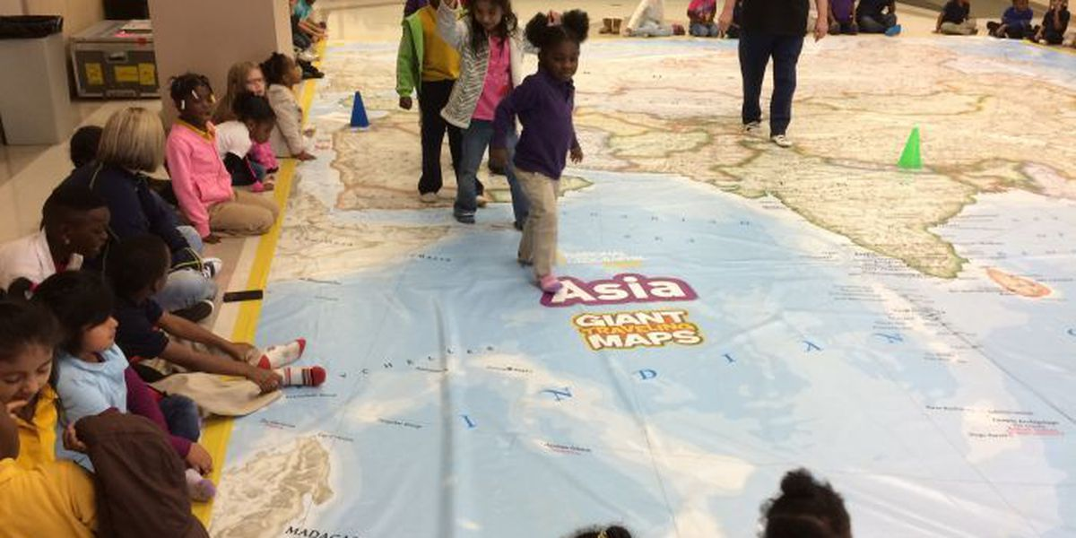 Students get new look at Asian continent in Hattiesburg Library
