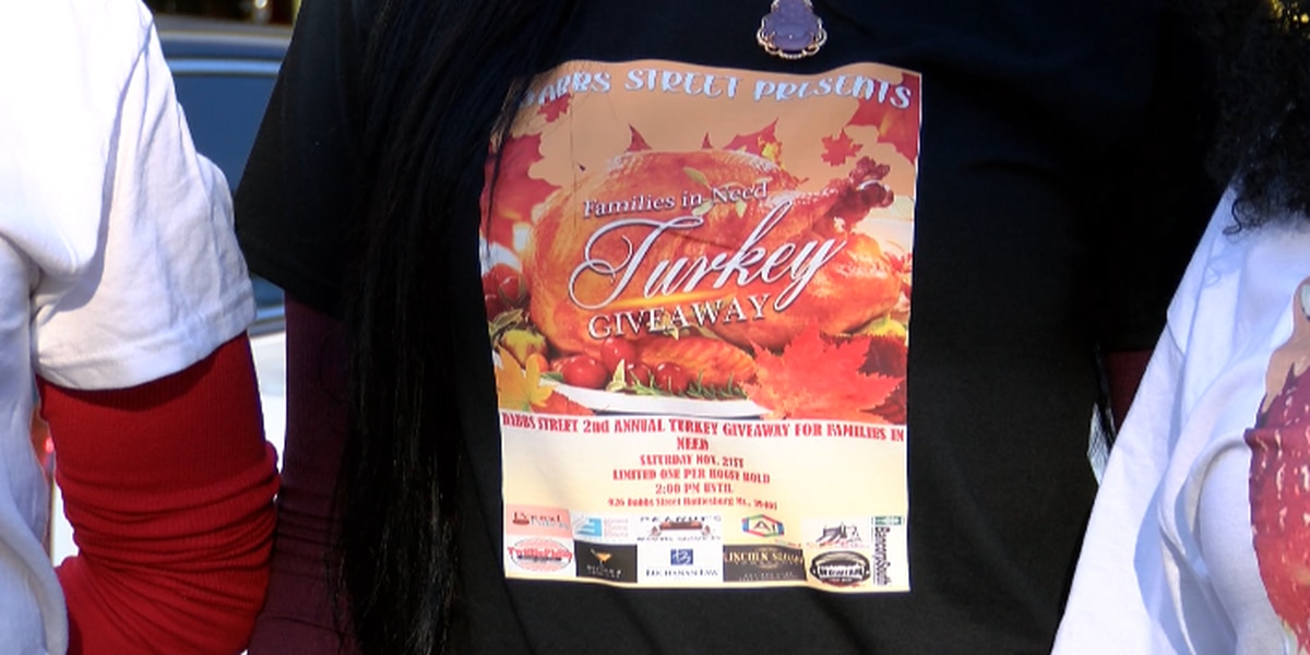 Dabbs Street Center held second turkey giveaway Saturday