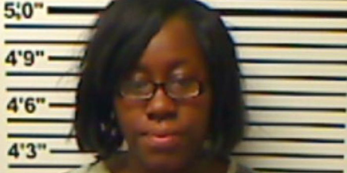 Jones County woman arrested for allegedly neglecting her five children