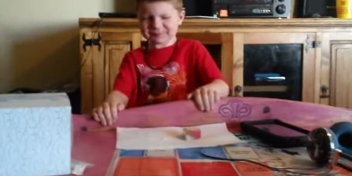 VIDEO: Brother and sister take sushi challenge