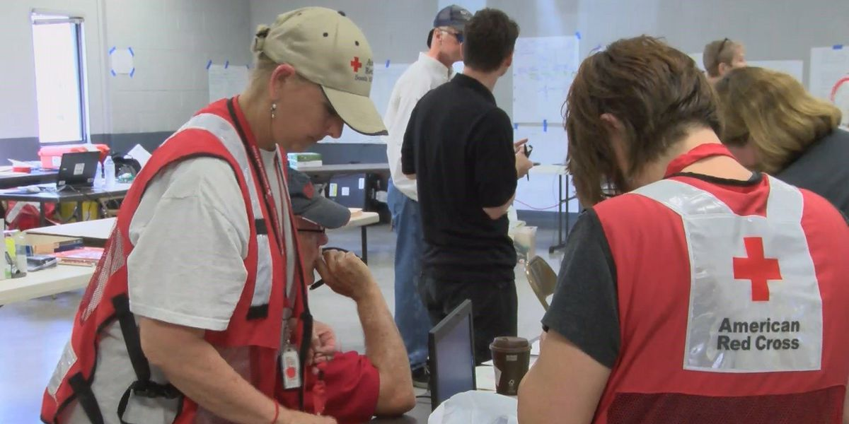Red Cross assisting flood victims