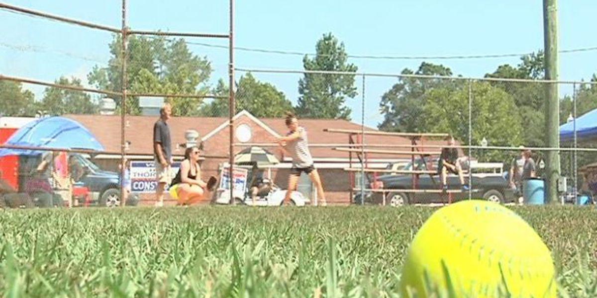 Softball tournament benefits Laurel police officer