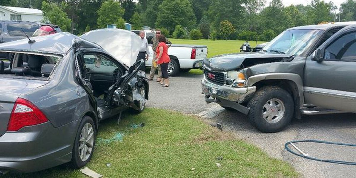 One killed in Jones County accident