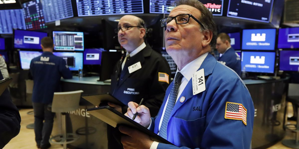 US stocks extend losses following worst drop in 2 years