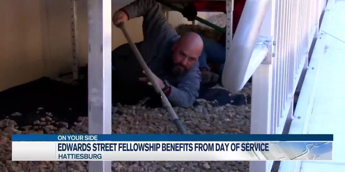 Groups volunteer at Edwards Street Fellowship Center for MLK Day