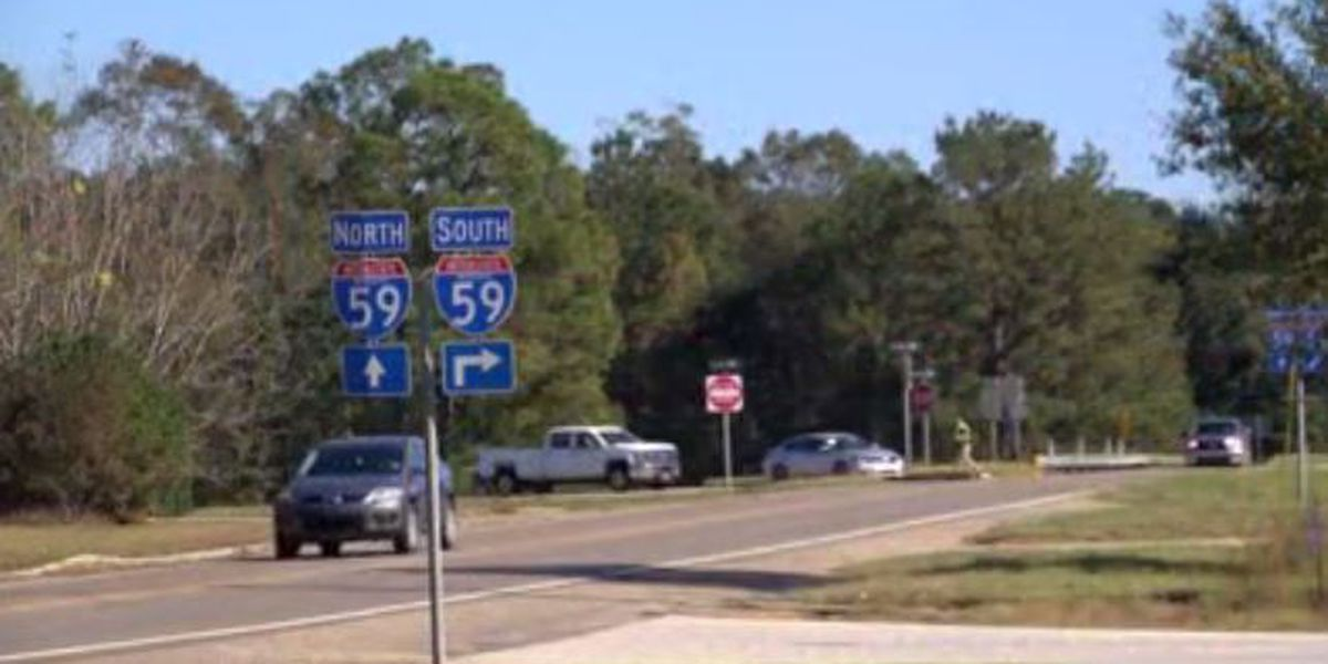 Three killed in five-vehicle crash on Thanksgiving Day in Pearl River County