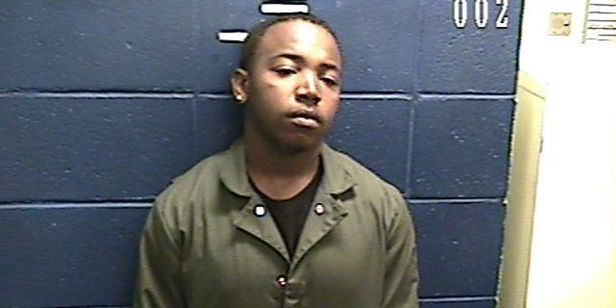 Waynesboro police search for drug suspect