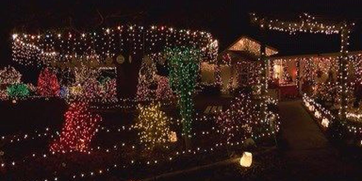 'Lewis Lights' back on in Purvis