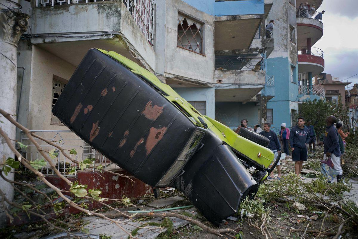 Tornado Hits Havana Cuban President Says 3 Dead 174 Hurt