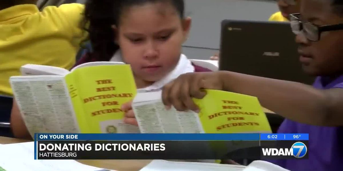 Hattiesburg Rotary-Sunrise makes annual dictionary donations to local 3rd graders