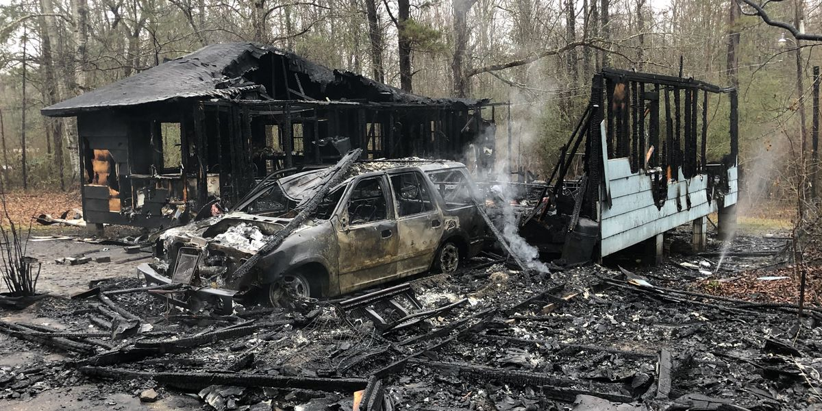 Jones County house fire claims 2 lives