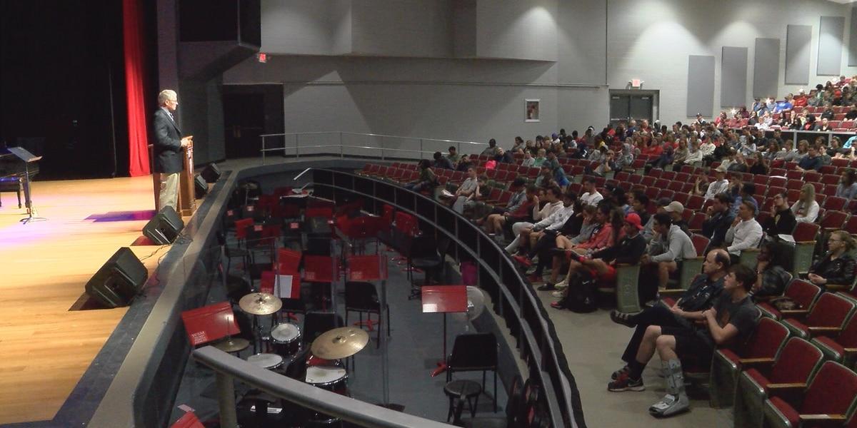 USM Veteran Center director Hammond speaks at WCU