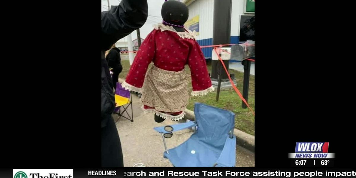 No charges in case of racially offensive doll thrown at Mardi Gras parade