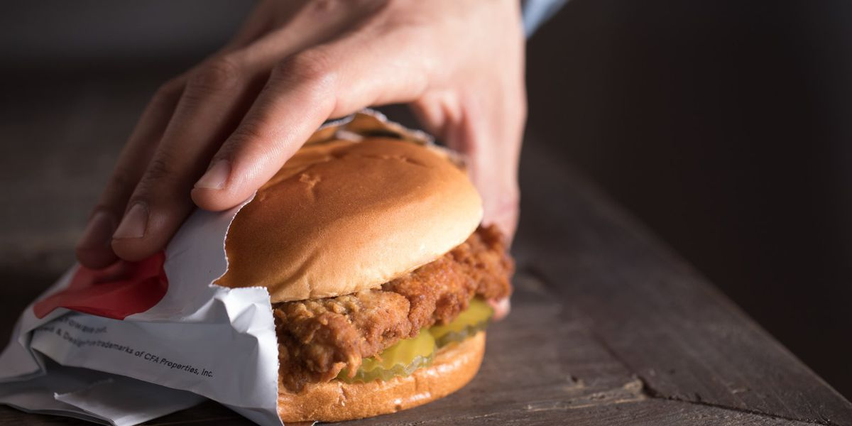 Chick-fil-A dethrones In-N-Out as America's favorite fast food restaurant