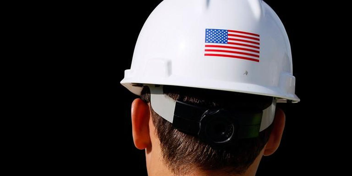 Construction firms add 45,000 workers in December as sector's unemployment rate hits 7.5 percent
